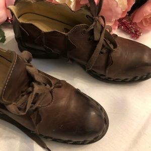 Size 8 Rover European Lace-up Loafers